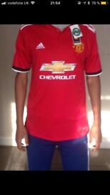 Manchester United shirt Pogba number 6 Size L