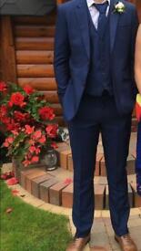 Cavani 3 piece suit & shirt