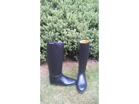 Child's Harry Hall horse riding boots, size 4