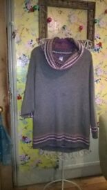 Vintage Gap 100% lambswool knitted jumper/ dress size M