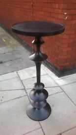 Stylish tall metal round table excellent central London bargain