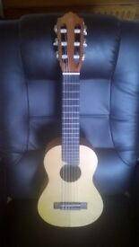Yamaha Guitarlele in as new condition ( Indonesian) + gig bag