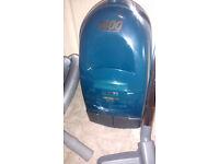 Hitachi Cylinder Vacuum Cleaner, vac, hoover