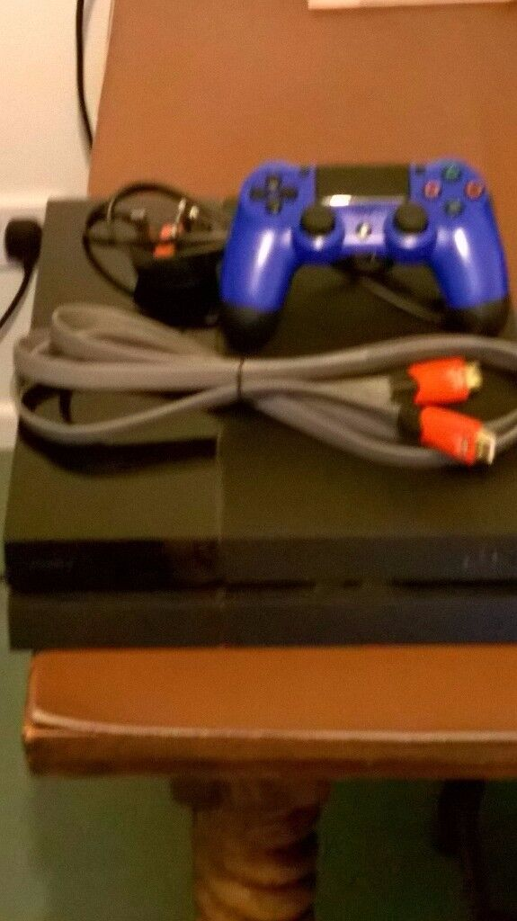 PS4 console with Blue handset