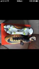 Nike mercurial sock boots SG