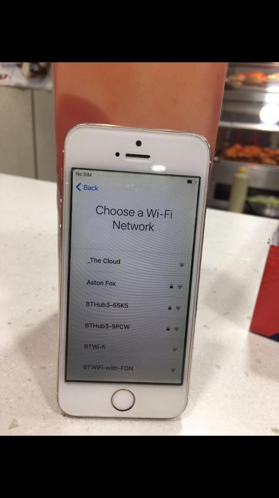Iphone 5S unlocked gold in colour good condition