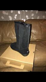 Ugg boots size 5 long black new with box women's