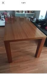 Dining table 6ft
