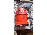 VAX Multifunction 6131T Vacuum and Upholstory / Carpet Shampoo *see pics* £50
