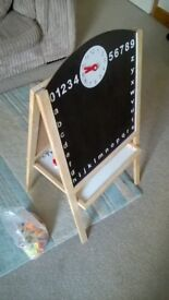 Kids Wooden Double Sided Black and White Board Table Easel