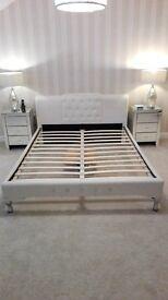 KINGSIZE BED FRAME!!!! WHITE