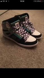 Women DC trainers size 5