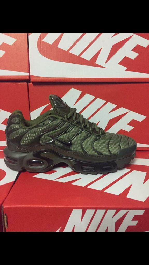 cb638555c9d2ad Nike Tn army green brand new in box