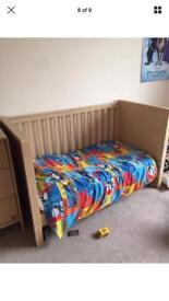 Cot bed
