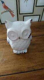 2 x Lovely Decorative Ceramic Owls