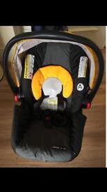 Graco infant car seat (like new)