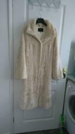 Coast of London Faux Fur coat