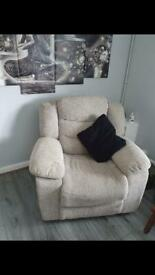 Recliner settee and chair