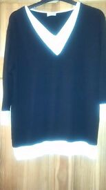 LADIES ROMAN BLACK JUMPER WITH WHITE TRIM SIZE S/M GREAT CONDITION