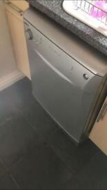 Beko silver dishwasher