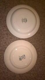 2 Christmas plates