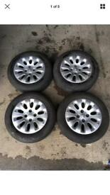 CITREON 15 INCH ALLOY WHEELS WITH TYRES 185/65 15 ALLOYS SET
