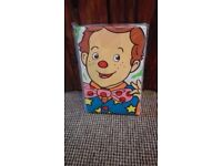 Mr Tumble toddler bed size bedding