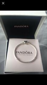 Brand new genuine pandora bracelet 18cm