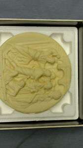 Ghiberti's Doors Collector Plates London Ontario image 3