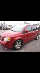 2009 Dodge Grand Caravan FULL STOW AND GO