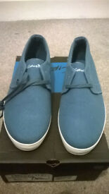 Circa blue textile shoe UK 10