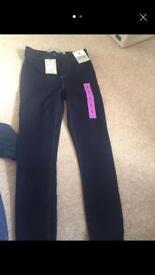 Skinny jeans new size 6