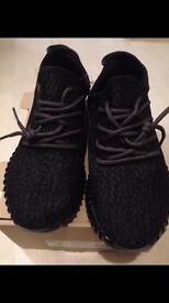 Adidas boost 350 yeezy black pirate UK9.5/EU44