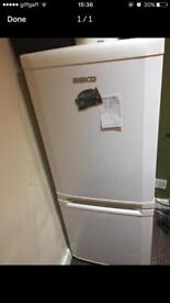 Beko fridge freezer perfectly worki g