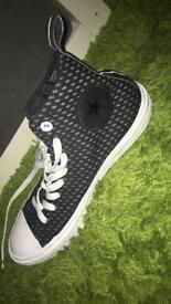 Black Converse ( Converse with LUNARLON)