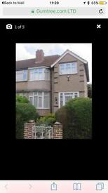 3 bedroom house greenford Broadway for rent