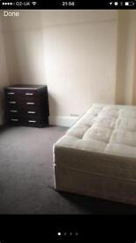 Room to rent central Watford