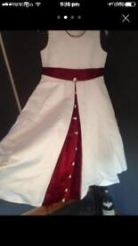 Gorgeous ivory special occasion dress age 7/8 £15