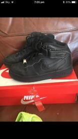 Nike Air Force size 4