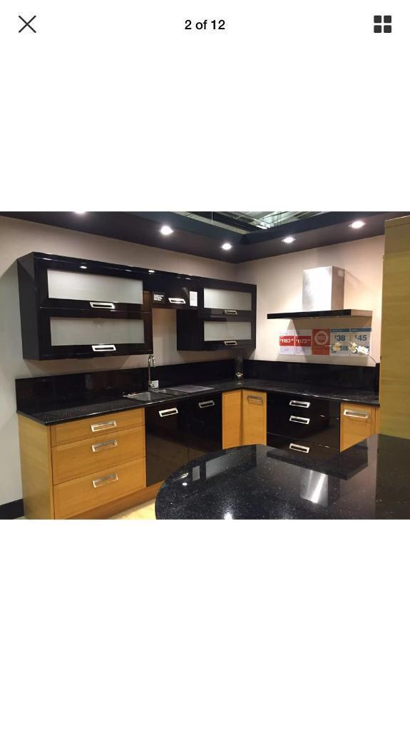 EX Display Never Used Kitchen Quick Sale In Brentwood Essex Mesmerizing Ex Display Designer Kitchens For Sale Creative