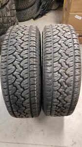 2 pneus GT Radial Adventuro AT3 LT275/70/18 usure à 13/32
