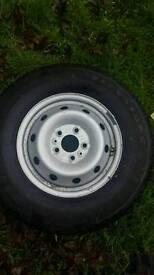 Tyre 225 / 70 / 15