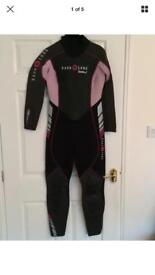 *****SOLD*******Brand new with tags aqualung Bali ladies full length 3.5mm wetsuit ******SOLD******
