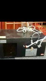 Beer cooler with lines an gas regulator