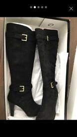 Size 3 ladies boots