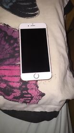 iPhone 6s 16gb in rose gold - IMMACULATE CONDITION