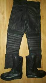 MOTORBIKE LEATHER TROUSERS AND LEATHER BOOTS