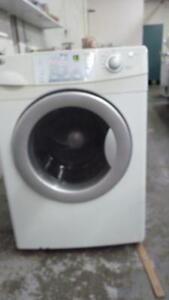 26-Laveuse Sécheuse Frontales  MAYTAG NEPTUNE  Frontload  Washer dryer