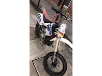 140cc stomp pit bike ( not cr85 cr80 dirt bike crosser)