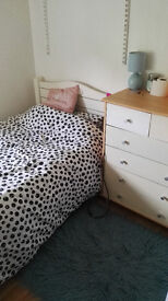 FURNISHED SINGLE ROOM No Deposit No Bills but PLEASE read full ad